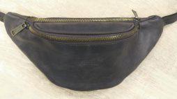 Стильная сумка на пояс бренда TARWA RC-3036-4lx в коричневой коже Крейзи Хорс - фото сумки 2